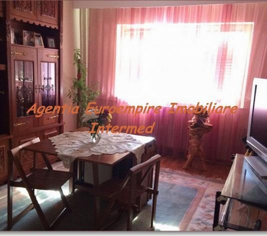Apartament 2 camere de vanzare Constanta zona Trocadero