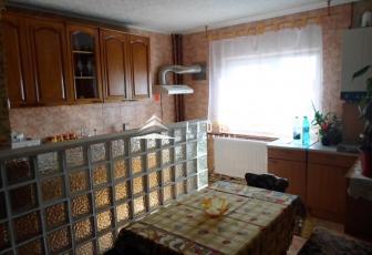 Apartament de inchiriat strada Bucuresti