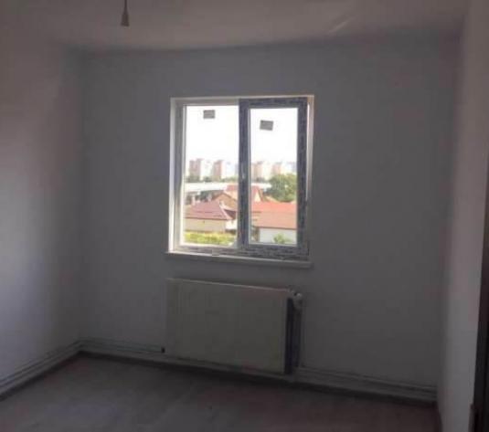 Apartament 2 camere, zona Bartolomeu