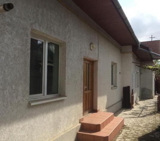 Casa pretabil birouri, Piata 1848
