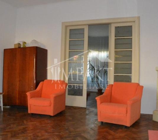 Casa de inchiriat 4 camere  in Cluj Napoca -  Andrei Muresanu