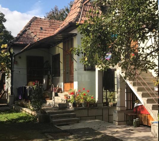 Case de vânzare 7 camere Cluj-Napoca, Dambu Rotund