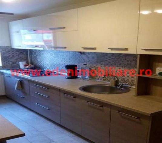 Apartament 3 camere de inchiriat in Cluj, zona Manastur, 400 eur