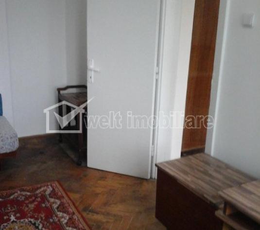 De vanzare apartament, semicentral, 2 camere, semidecomandat