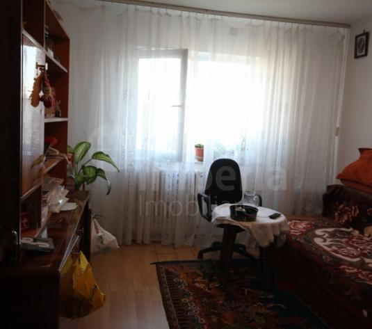 Apartament cu 2 camere decomandat in zona Alexandru cel Bun