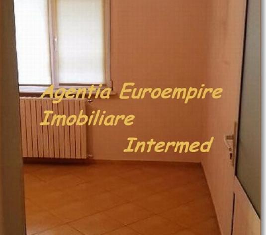 Apartament 4 camere de vanzare Constanta zona Anda