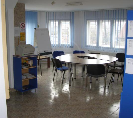 Birouri de închiriat 9 incaperi Cluj-Napoca, Bulgaria