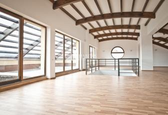 725 euro/mp! Penthouse spectaculos in Buna Ziua