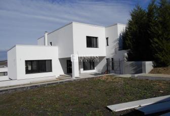 Casa individuala,  280 mp,  teren 900 mp,  garaj, zona Polus, CF!