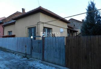 Casa renovata in zona Garii, ideala pentru sediu!