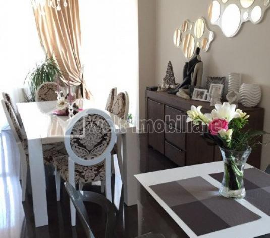 Inchiriere apartament 4 camere, cartier Andrei Muresanu, 2 locuri de parcare