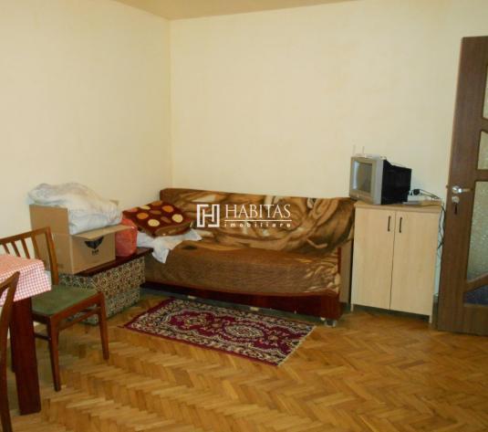 Apartament 3 camere, decomandat in zona str. Ialomitei