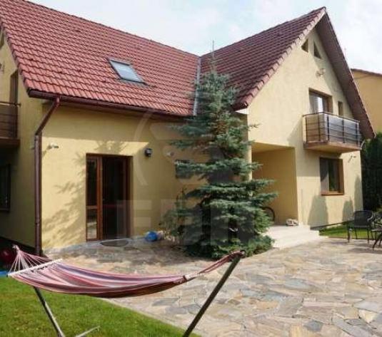 Case de vânzare 4 camere Cluj-Napoca, Europa