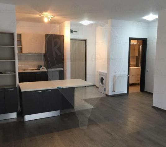 Apartament cu 2 camere de închiriat în zona Semicentral