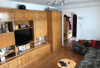Apartament cu 3 camere de vanzare in Gheorgheni