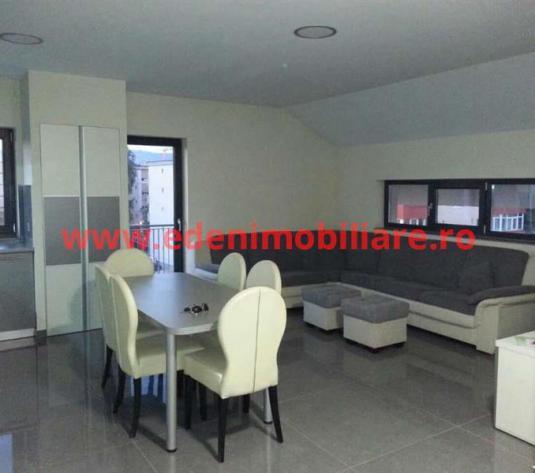 Apartament 3 camere de inchiriat in Cluj, zona Intre Lacuri, 450 eur