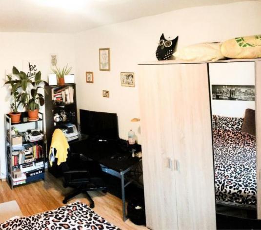 Apartament 4 cam