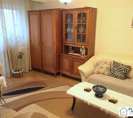 Apartament 4 camere, decomandat, etaj 1, zona FSEGA