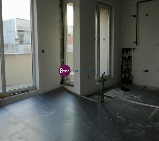 Vanzare Apartament 2 camere, 54 mp, Terasa 70 mp, zona Andrei Muresanu ! (Optional garaj subteran)