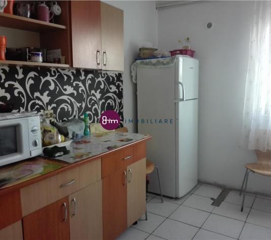 Vanzare apartament 4 camere, 78 mp, zona strazii Bucium!