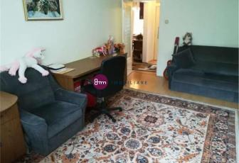Vanzare apartament 3 camere, 56 mp, zona Plopilor !
