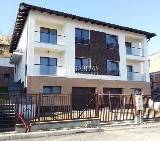 Casa unifamiliala in cartierul Gruia, materiale deosebite