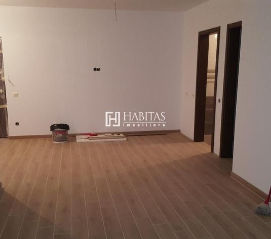 Apartament cu 3 camere, loc de parcare si boxa, zona Polus