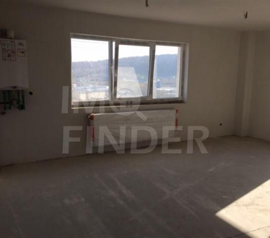 Vanzare apartament cu 3 camere  în zona Baciu