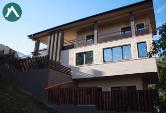 Casa  ,Gheorgheni , 400mp, 110mp terasa,2 parcari,Imobil nou