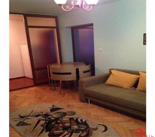 Apartament 2 camere Plopilor, 41 mp, finisat, etaj intermediar