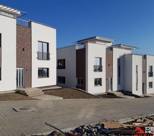 Casa tip duplex zona Emerson, 120 mp utili, teren 250 mp, panorama