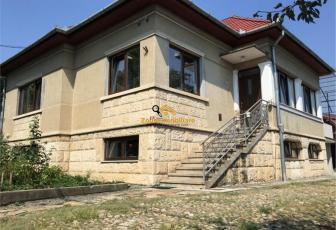 Casa 5 camere, 190 MP, Dambul Rotund