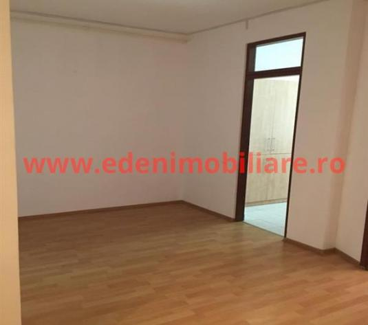 Apartament 2 camere de inchiriat in Cluj, zona Marasti, 370 eur