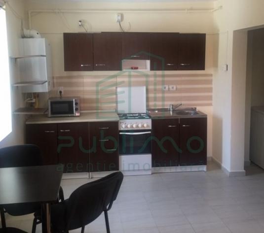 Apartament 3 camere langa FSEGA