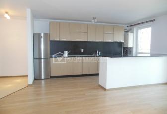 Inchiriere apartament, 2 camere , semidecomandat, zona Pensiune Maria