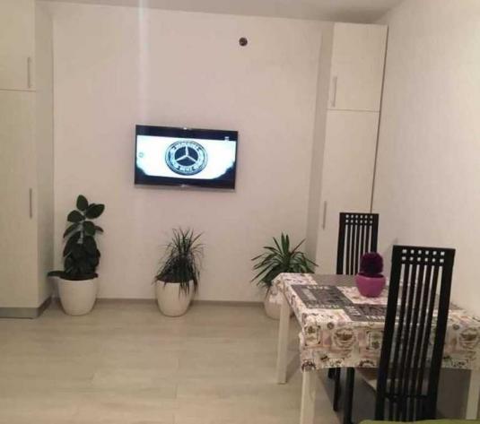 Vanzare apartament 2 camere in Gruia zona strazii Gruia