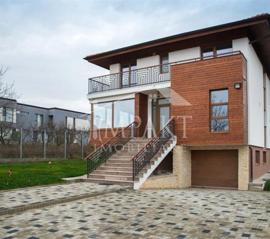 Casa de inchiriat 6 camere  in Cluj Napoca - cartierul Iris