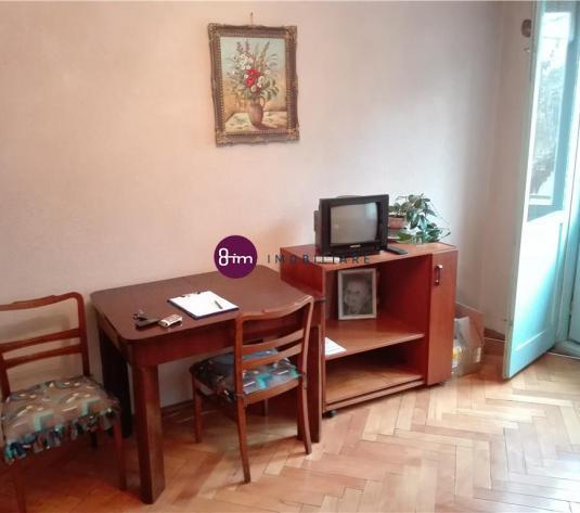 Vanzare Apartament 2 camere, 53mp, zona Mercur !