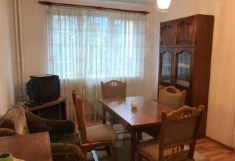 Apartament cu 3 camere de închiriat pe Horea