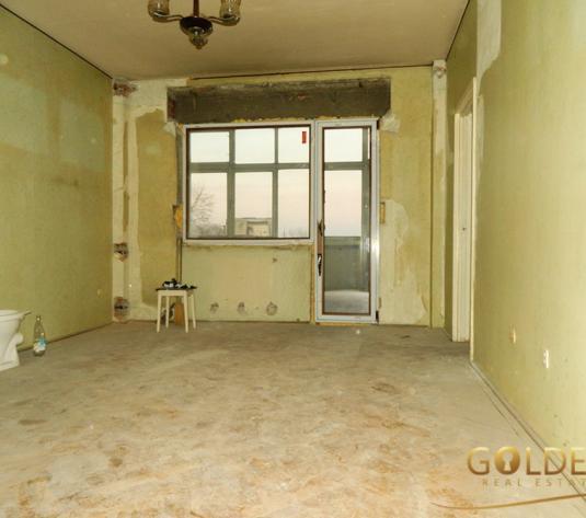 Vand apartament 3 camere, zona Intim-Kaufland, spatios, 100 mp (ID: 1159)