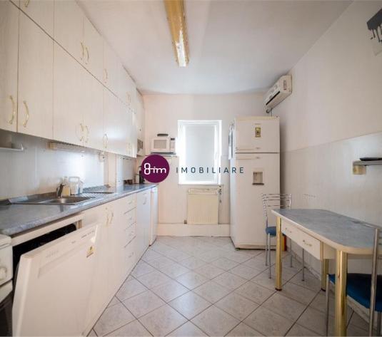 Vanzare apartament 3 camere, 70 mp, zona Louis Pasteur !