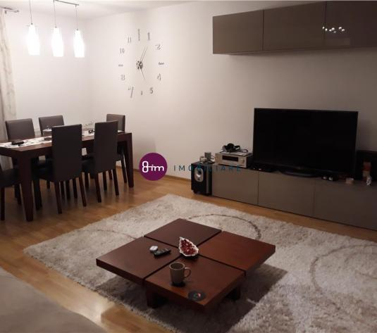 Vanzare Apartament 2 camere, 64 mp, zona Taietura Turcului !