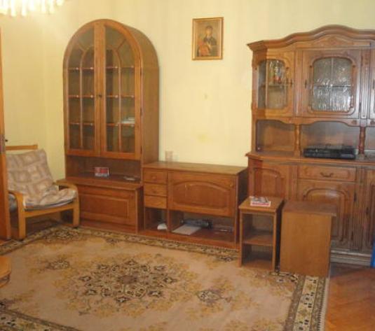 Apartament trei camere confort sporit in Grigorescu