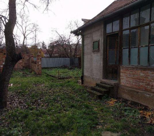 Casa veche cu 410 mp teren, cartierul Gheorgheni