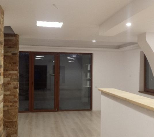 Casă 4 camere, 170 mp , de închiriat - Europa, Cluj-Napoca
