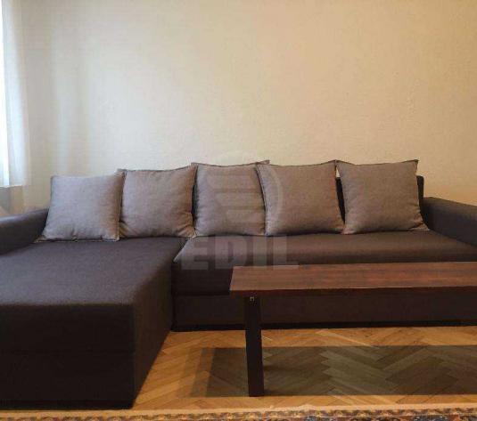 Apartamente de închiriat 3 camere Cluj-Napoca, Central