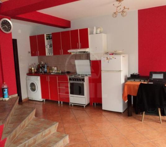Case de închiriat 4 camere Cluj-Napoca, Dambu Rotund