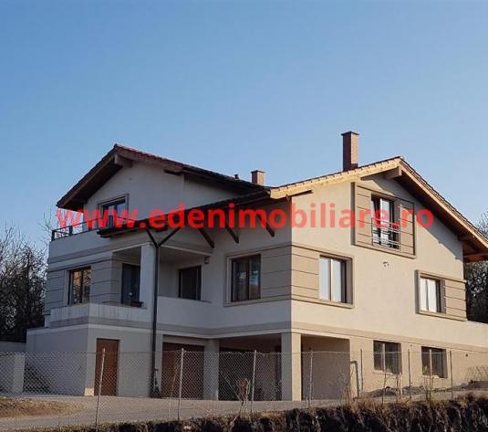 Casa/vila de vanzare in Cluj, zona Andrei Muresanu, 550000 eur