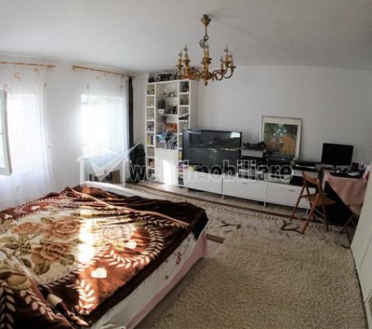Apartament 2 camere complet decomandate in casa, curte de aproximativ 80 mp