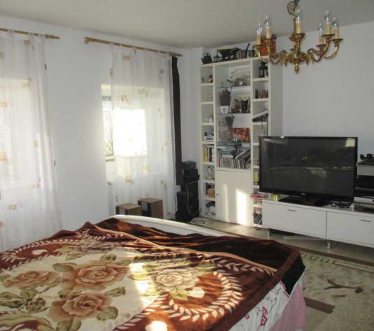Vanzare apartament 2 camere in Dimbu Rotund zona strazii Maramuresului